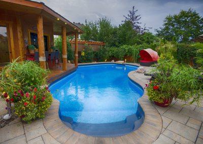 pools-spas_5@0,5x